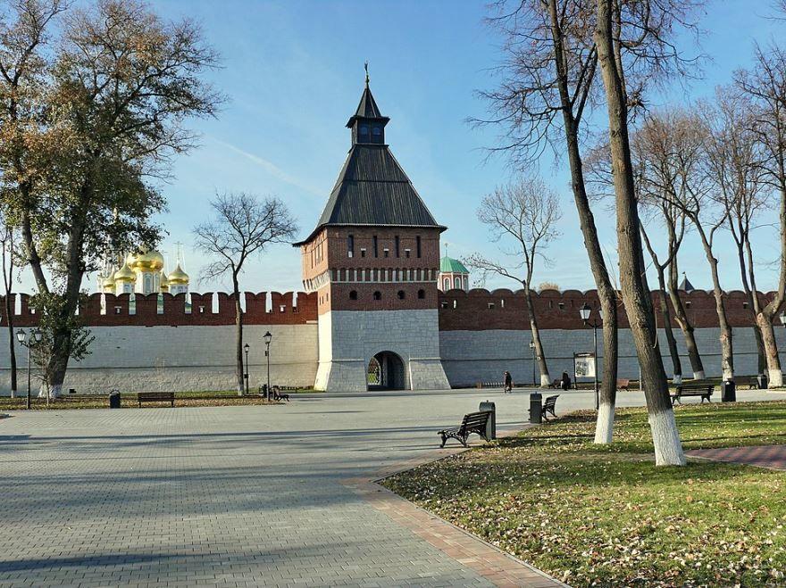 Кремль башня Ивановских ворот город Тула