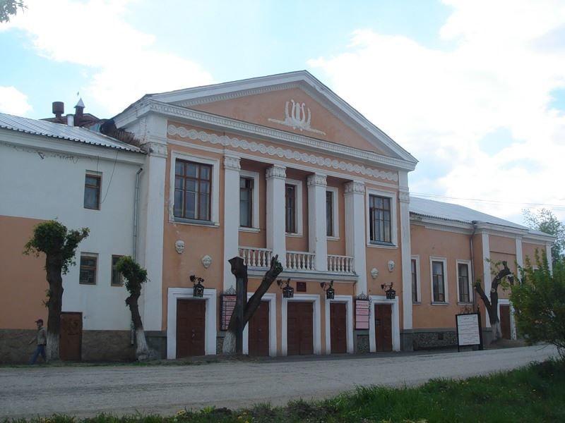 Драматический театр город Шадринск