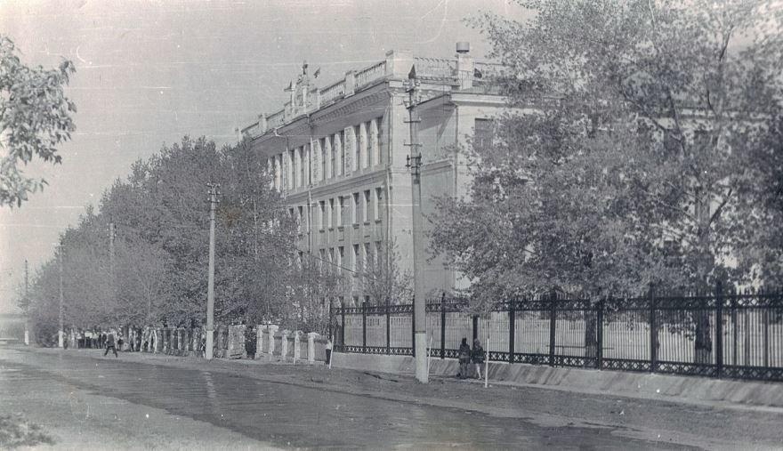 Смотреть лучшее старинное фото города Ясногорска в хорошем качестве