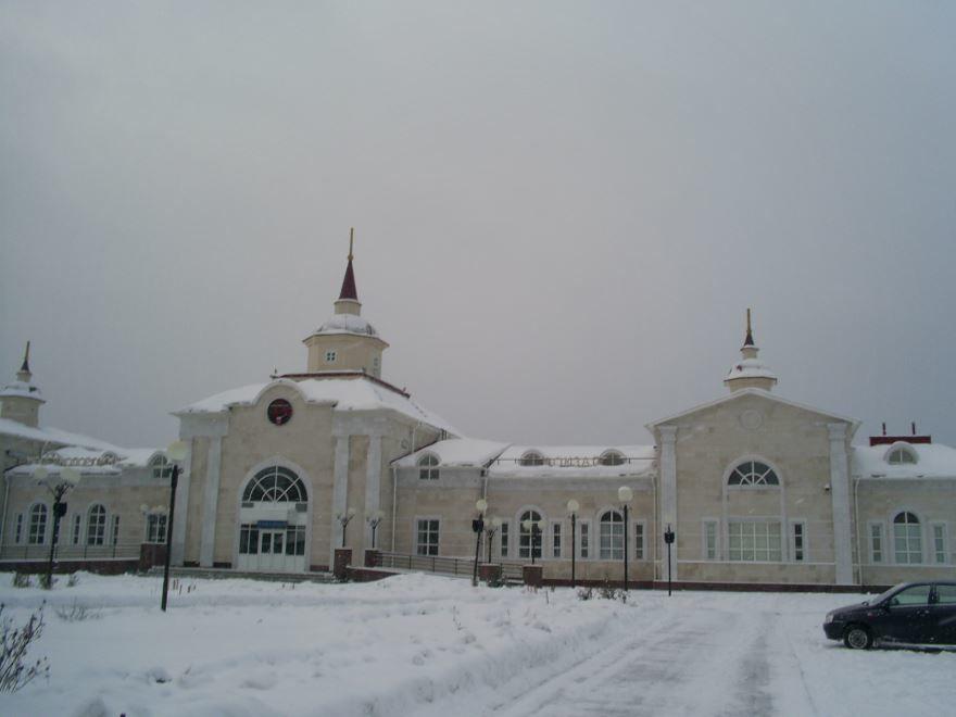 Железнодорожный вокзал город Шумерли 2019