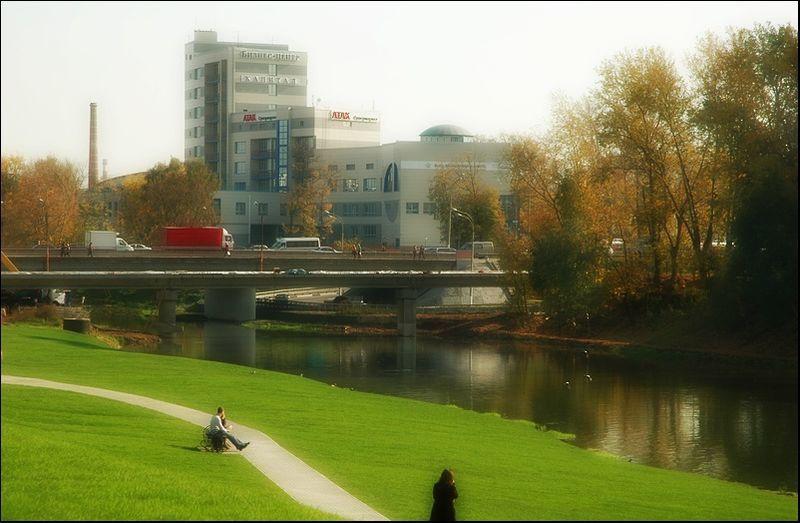 Смотреть красивое фото Набережная реки Клязьмы в хорошем качестве