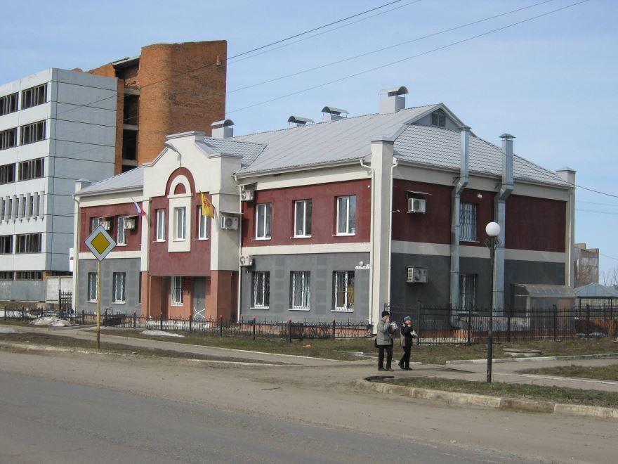 Здание администрации город Ядрин