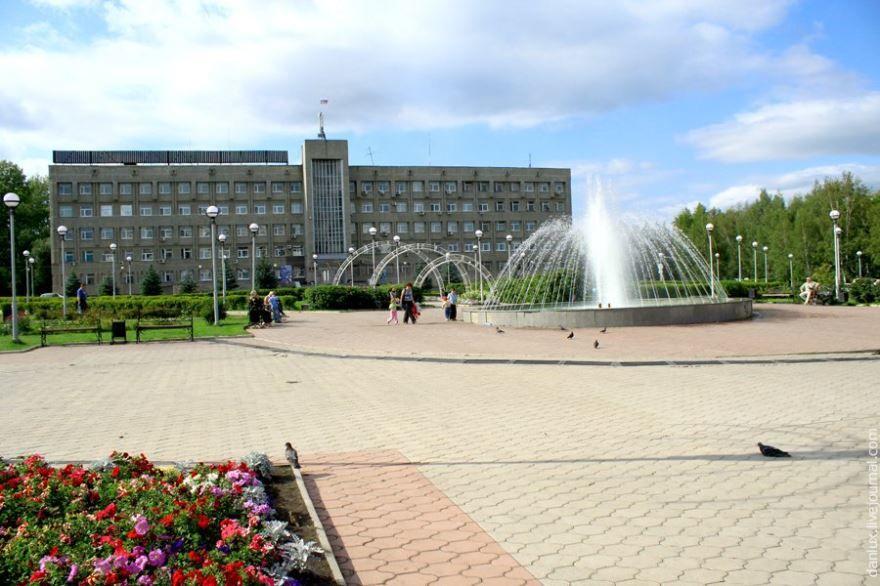 Смотреть красивое фото Площадь Советов город Юрга в хорошем качестве
