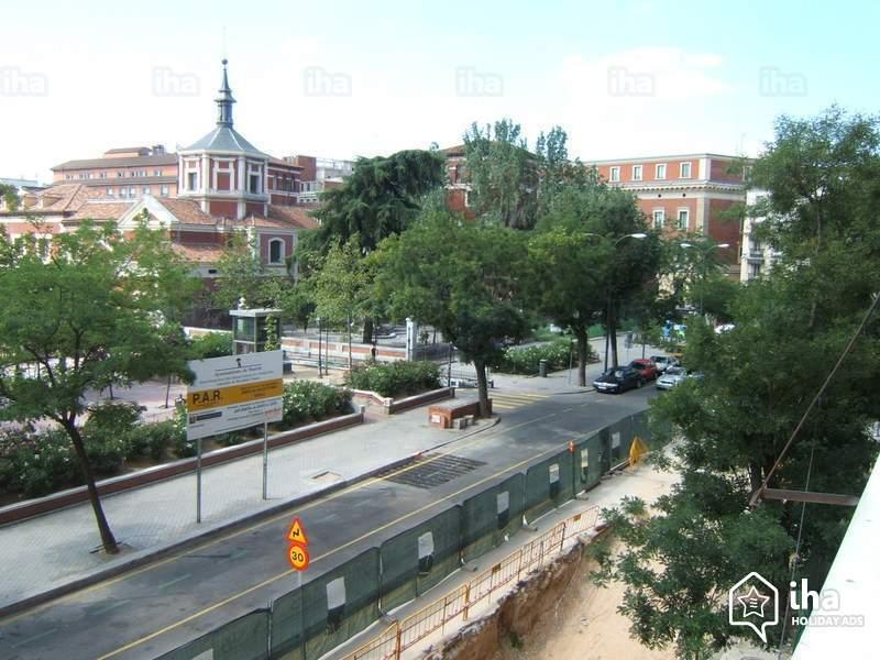 Скачать онлайн бесплатно лучшее фото вид города Мадрида в хорошем качестве