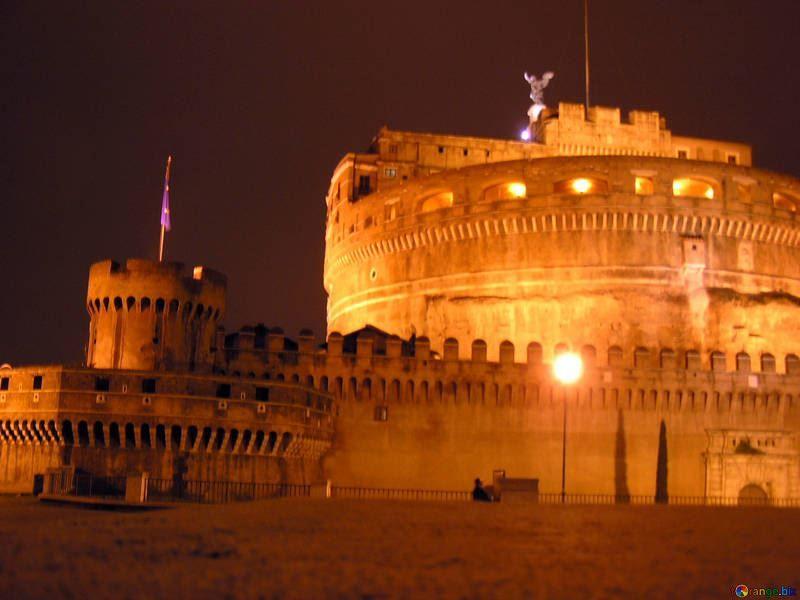 Смотреть лучшее ночное фото города Рим в хорошем качестве
