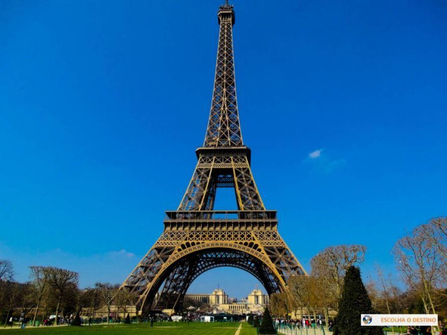 Эйфелева башня город Париж Франция