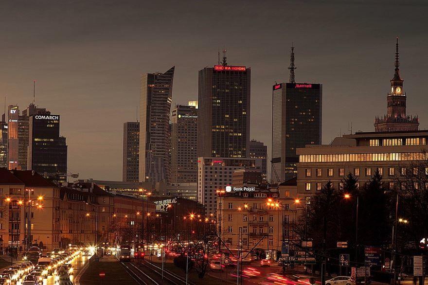 Смотреть лучшее ночное фото город Варшава 2018 в хорошем качестве