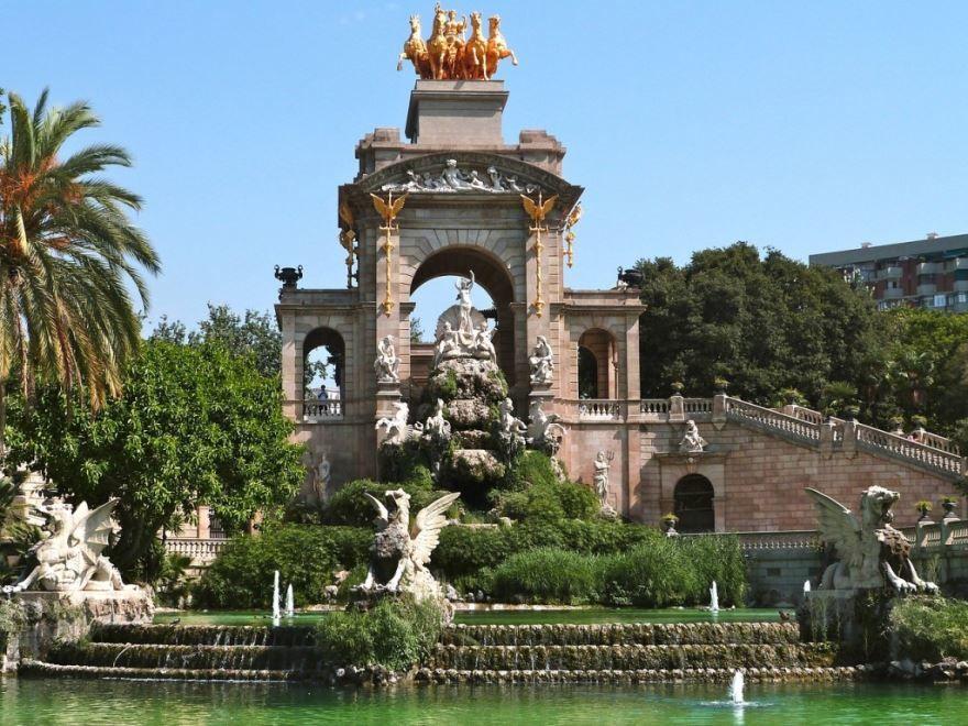 Смотреть лучшее фото города Барселона в хорошем качестве