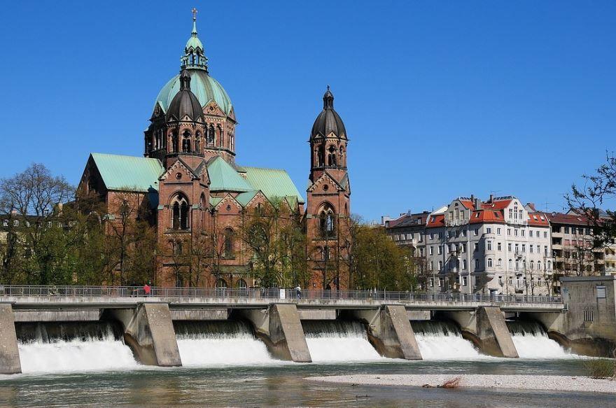 Церковь Луки Мсоу город Мюнхен