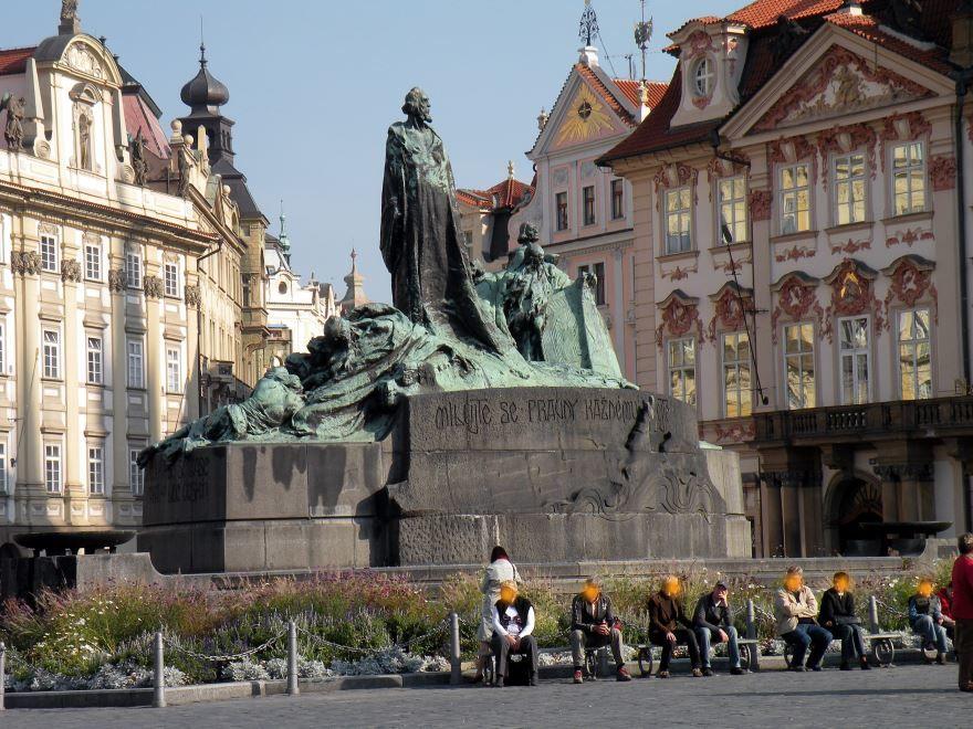 Памятник Яну Гусу город Прага Чехия