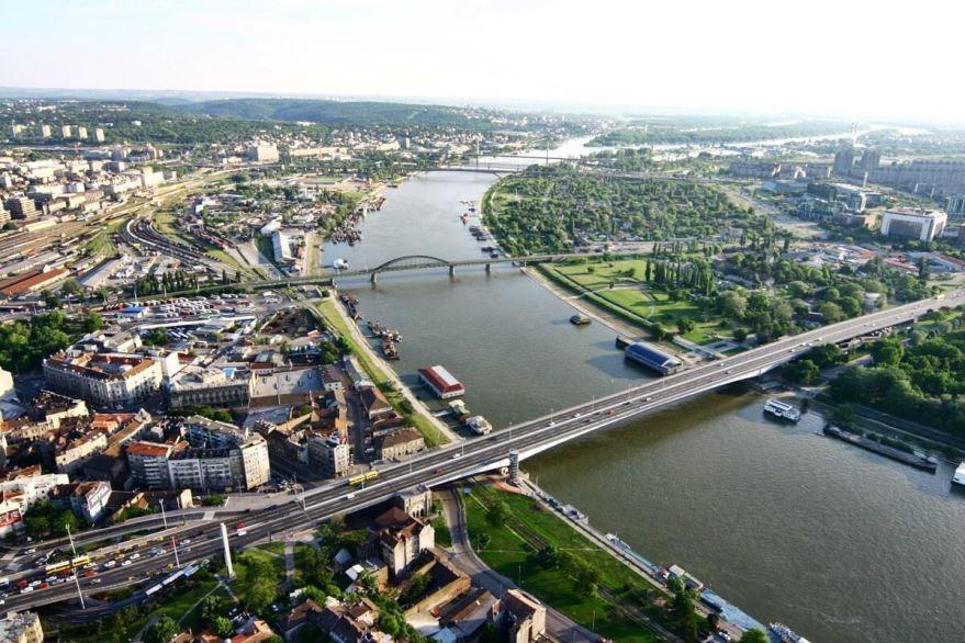 Скачать онлайн бесплатно лучшее фото вид сверху города Белград 2018 в хорошем качестве