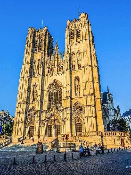 Смотреть красивое фото собор в городе Брюссель