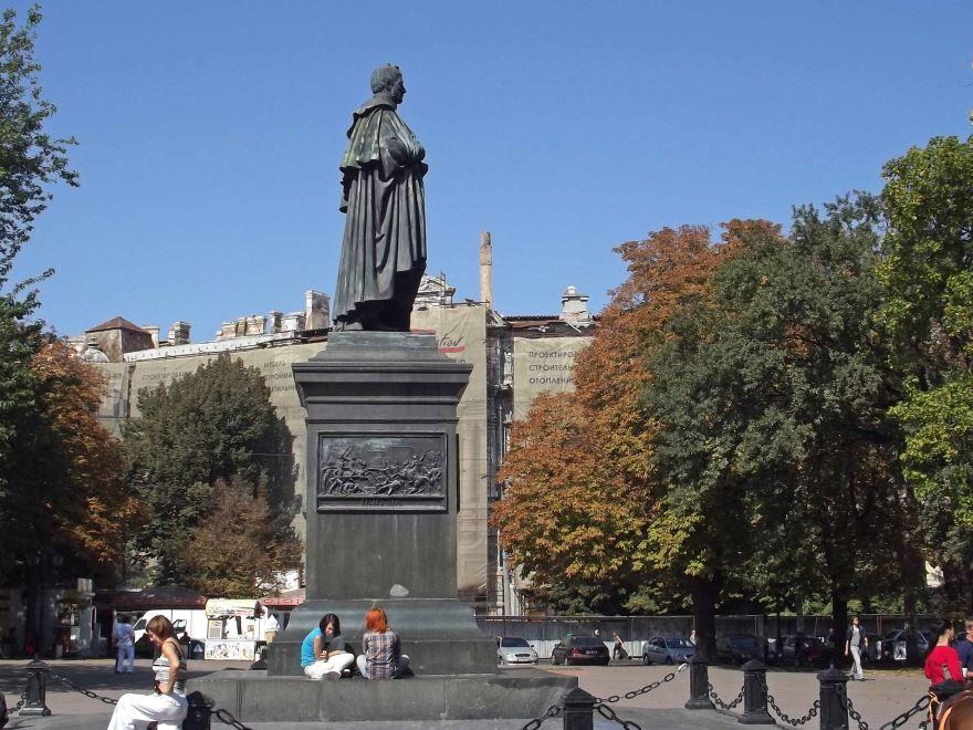Памятник графу Воронцову город Одесса