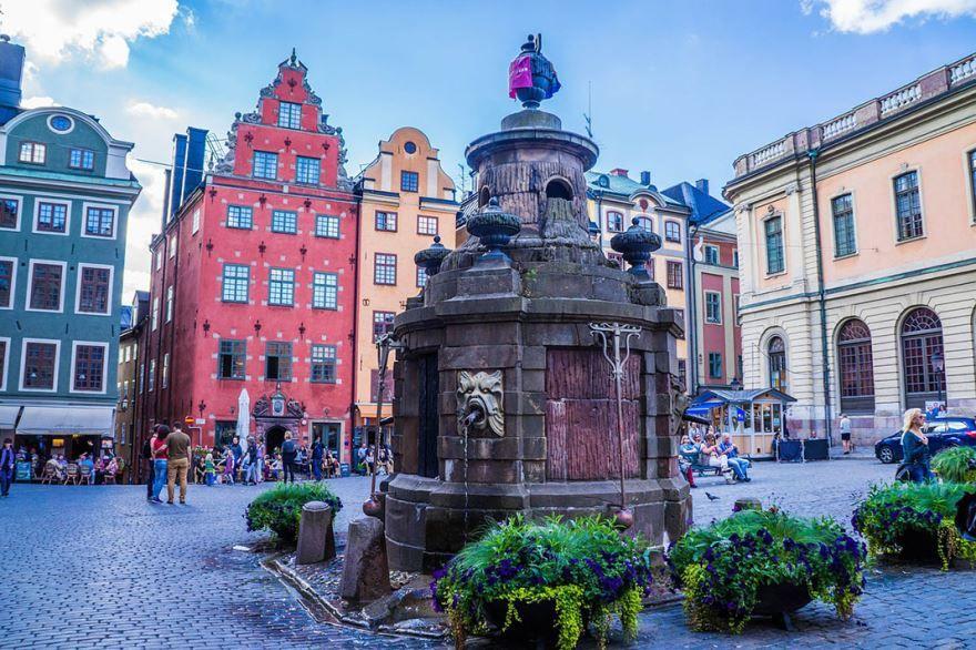 Смотреть красивое фото с красивой архитектурой город Стокгольм Швеция