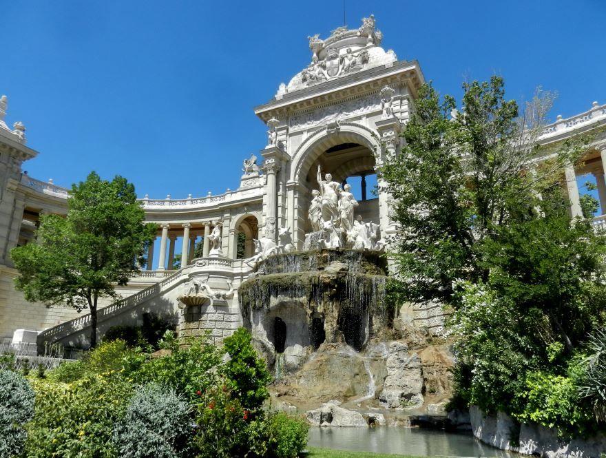 Скачать онлайн бесплатно лучшее фото достопримечательности города Марсель в хорошем качестве