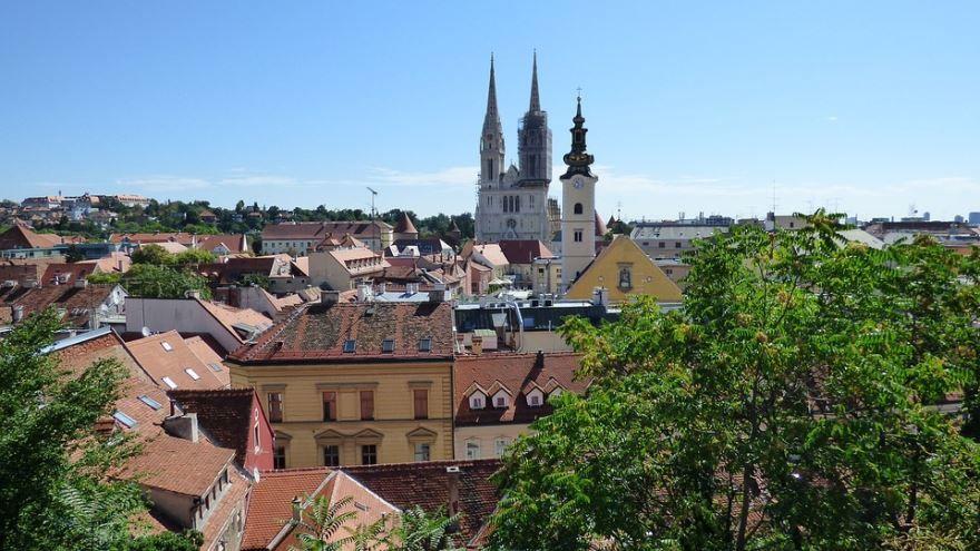 Смотреть красивое фото вид сверху город Загреб Хорватия