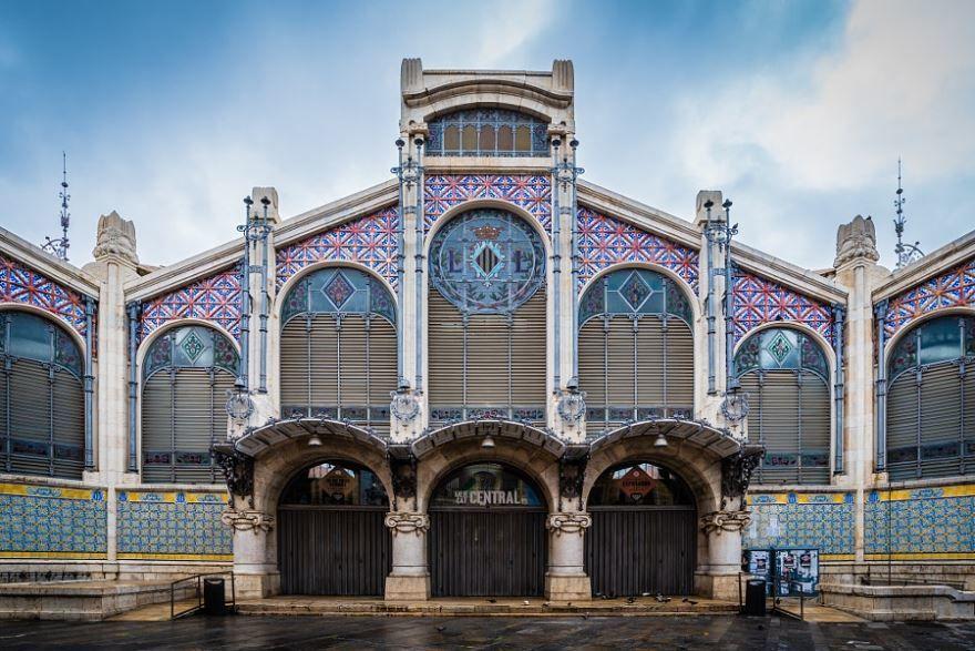 Фасад центрального рынка город Валенсия