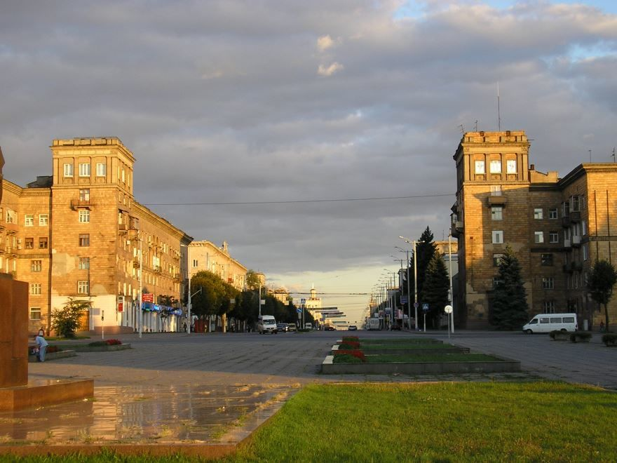 Скачать онлайн бесплатно лучшее фото города Запорожье 2019 в хорошем качестве