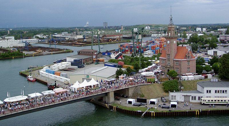 Гавань города Дортмунд со старым портом