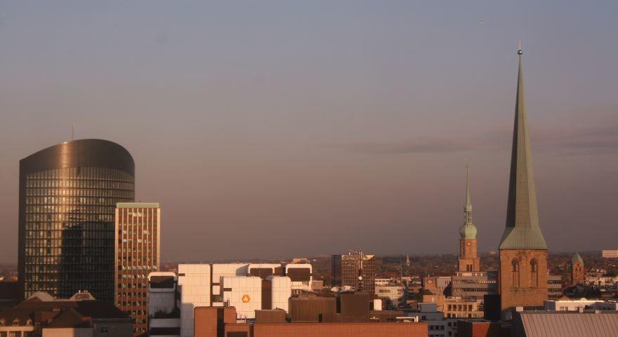 Скачать онлайн бесплатно лучшее фото панорама города Дортмунд в хорошем качестве