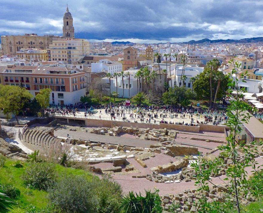 Скачать онлайн бесплатно лучшее фото города Малага в хорошем качестве