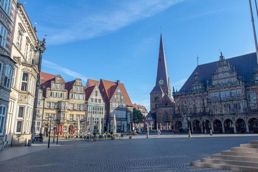 Смотреть красивое фото исторический центр город Бремен