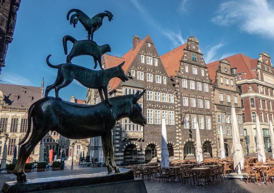 Статуя Бременские музыканты город Бремен