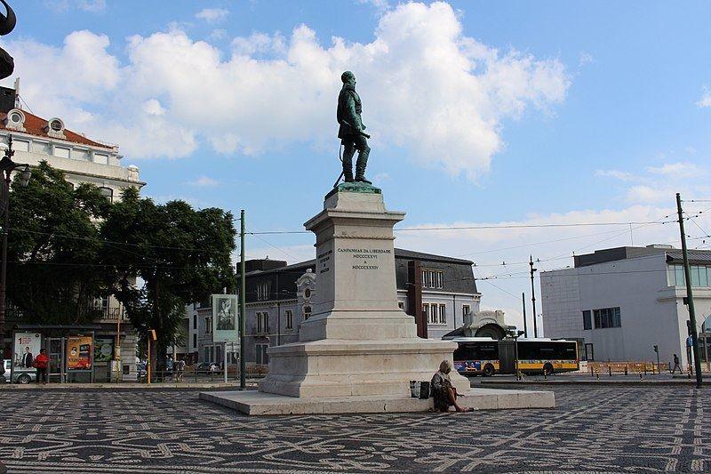 Памятник герцогу Терсейра город Лиссабон