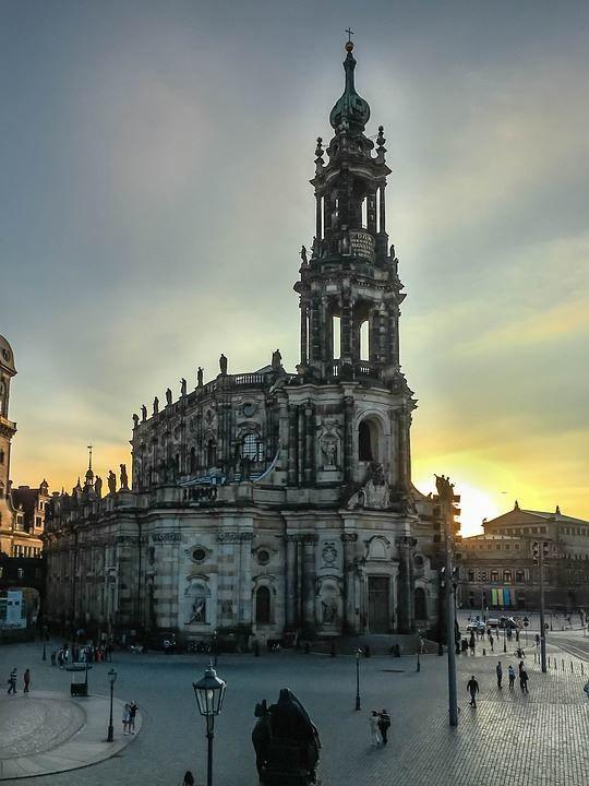 Красивая архитектура города Дрезден Германия