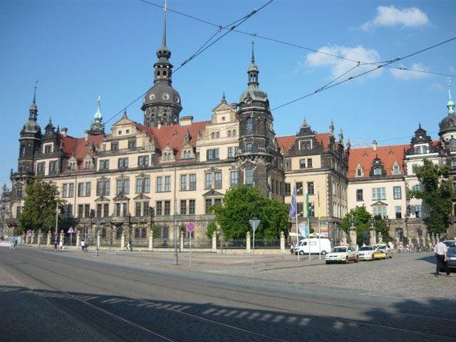 Замок резиденция город Дрезден