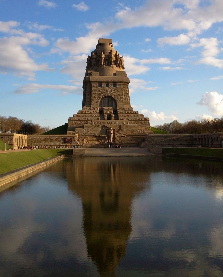 Памятник битве народов город Лейпциг