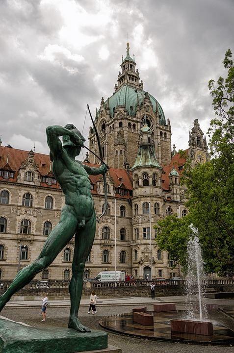 Скачать онлайн бесплатно лучшее фото достопримечательности города Ганновер Германия в хорошем качестве