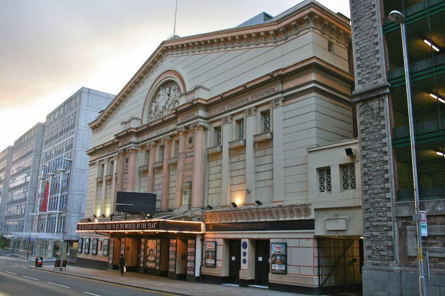 Оперный театр город Манчестер
