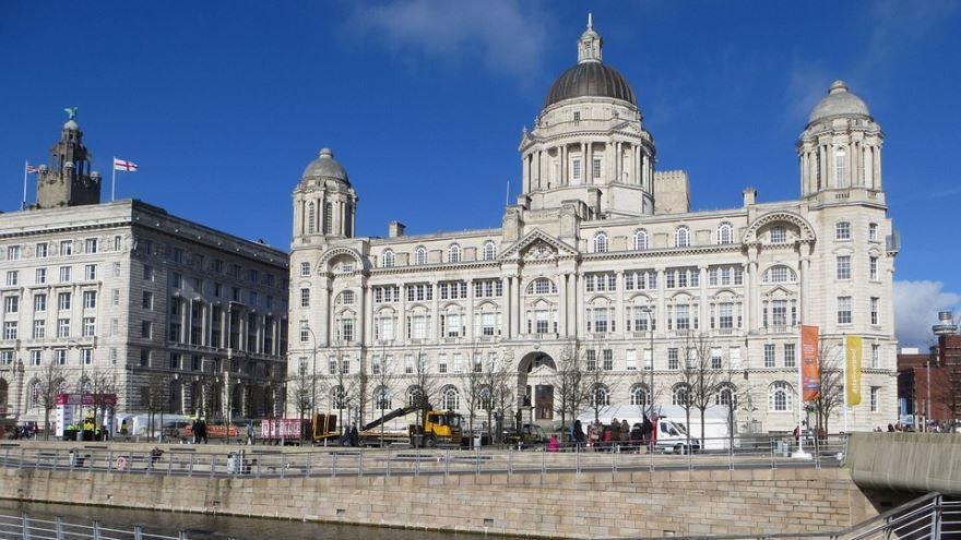 Скачать онлайн бесплатно лучшее фото города Ливерпуль в хорошем качестве