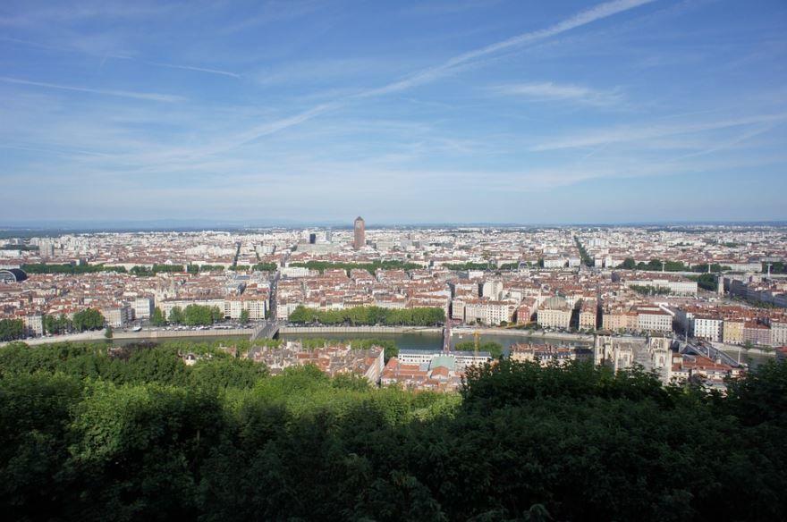 Смотреть красивое фото панорама города Лион бесплатно