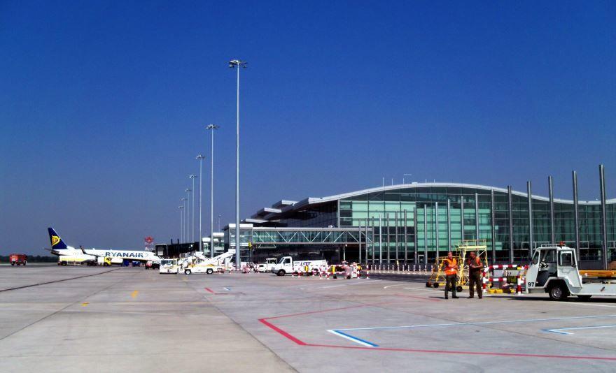 Аэропорт город Вроцлав