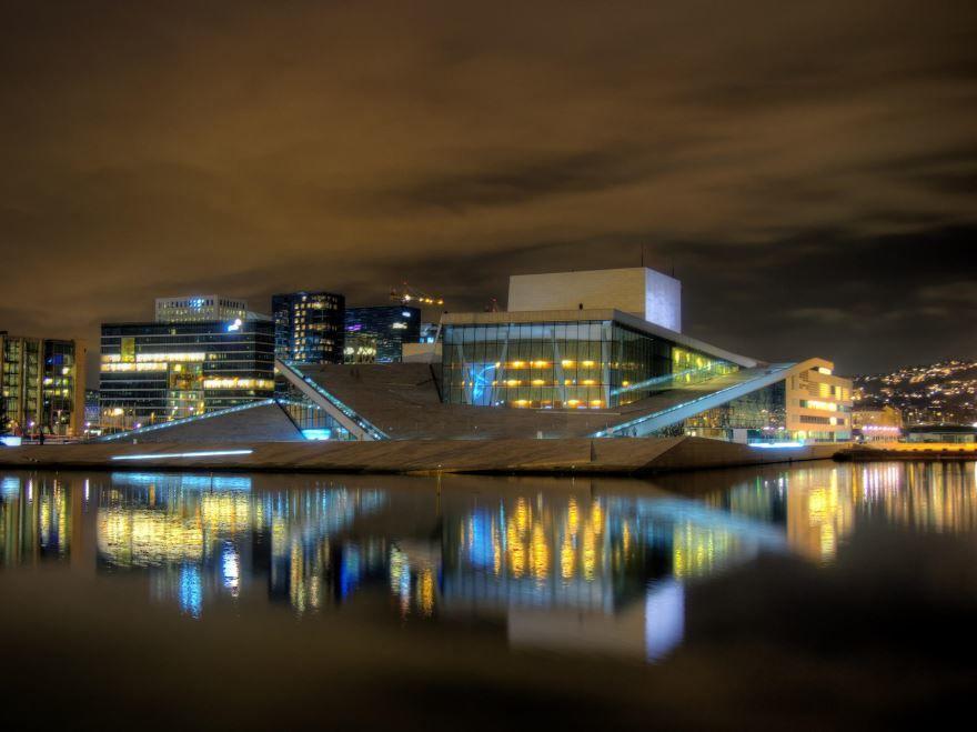 Оперный театр город Осло Норвегия