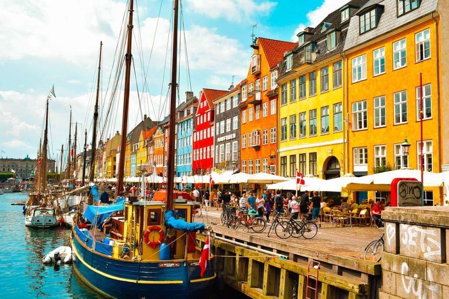Скачать онлайн бесплатно лучшее фото города Копенгаген в хорошем качестве