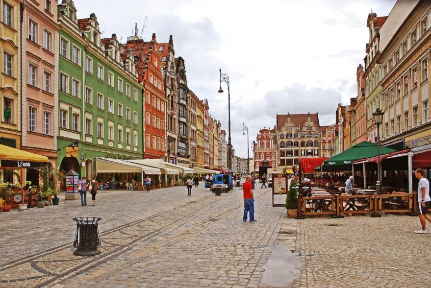 Скачать онлайн бесплатно лучшее фото города Дюссельдорф в хорошем качестве