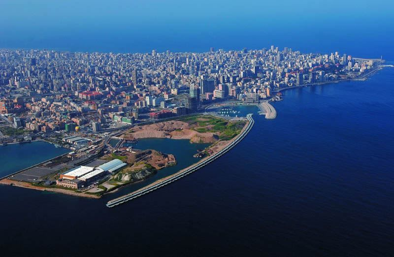 Смотреть красивое фото вид сверху город Бейрут 2019
