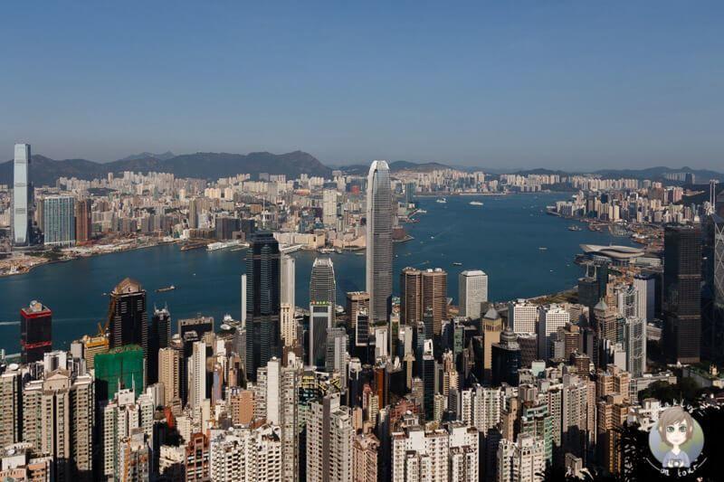 Скачать онлайн бесплатно лучшее фото панорама города Гонконг в хорошем качестве