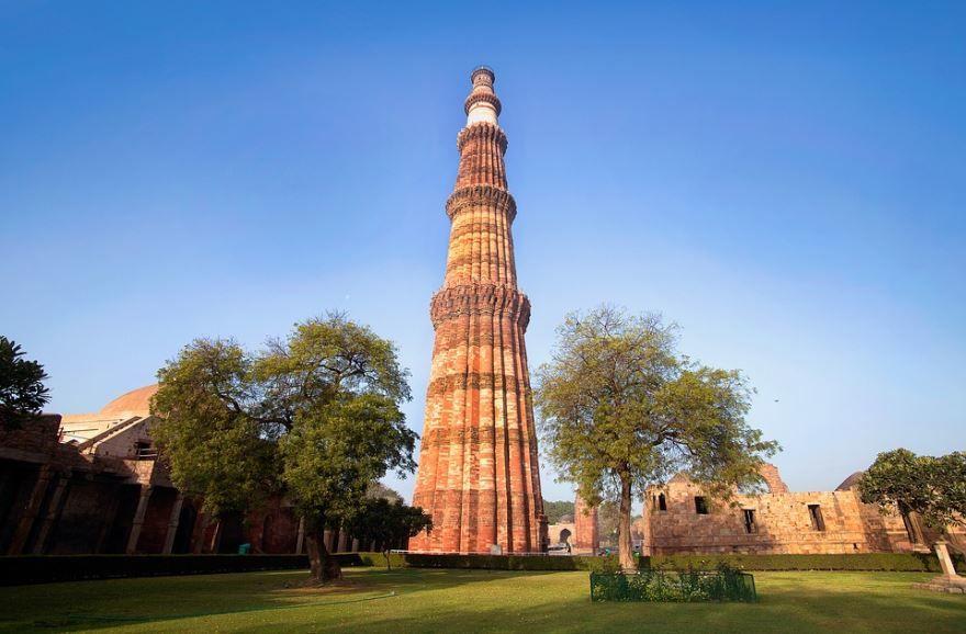 Кутуб Минар памятник город Дели