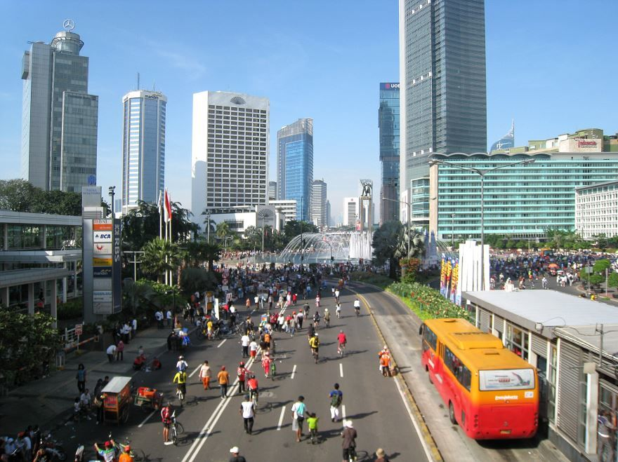 Смотреть лучшее фото улица города Джакарта