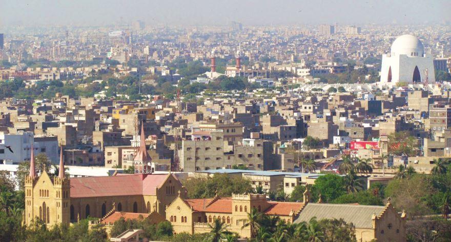 Скачать онлайн бесплатно лучшее фото вид сверху города Карачи в хорошем качестве
