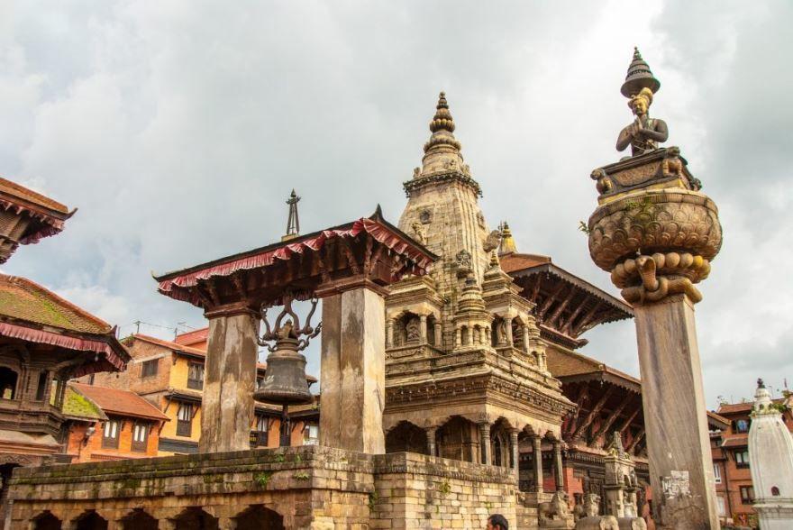 Смотреть красивое фото с красивой архитектурой город Катманду Непал