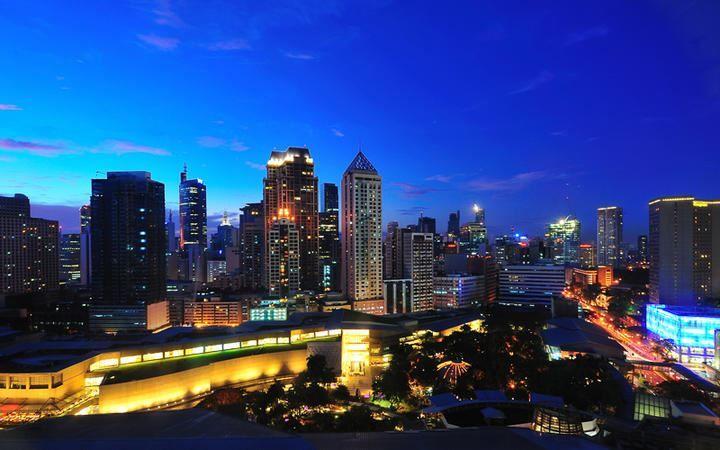 Смотреть красивое ночное фото города Манила Филиппины