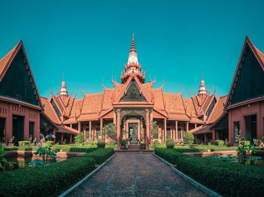 Скачать онлайн бесплатно лучшее фото города Промпень Камбоджа в хорошем качестве
