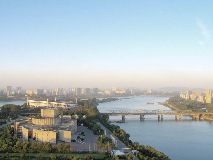 Скачать онлайн бесплатно лучшее фото города Пхеньян Северная Корея в хорошем качестве