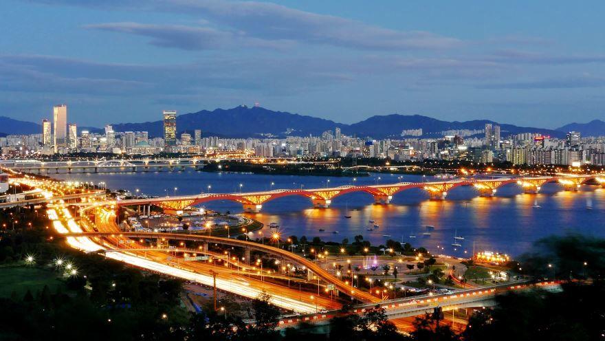 Скачать онлайн бесплатно лучшее фото города Сеул в хорошем качестве