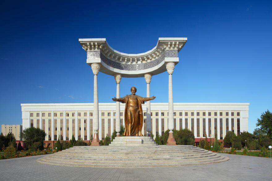 Скачать онлайн бесплатно лучшее фото достопримечательности города Ташкент Узбекистан в хорошем качестве